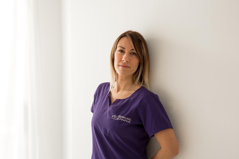 Esther Obenza fisioterapeuta